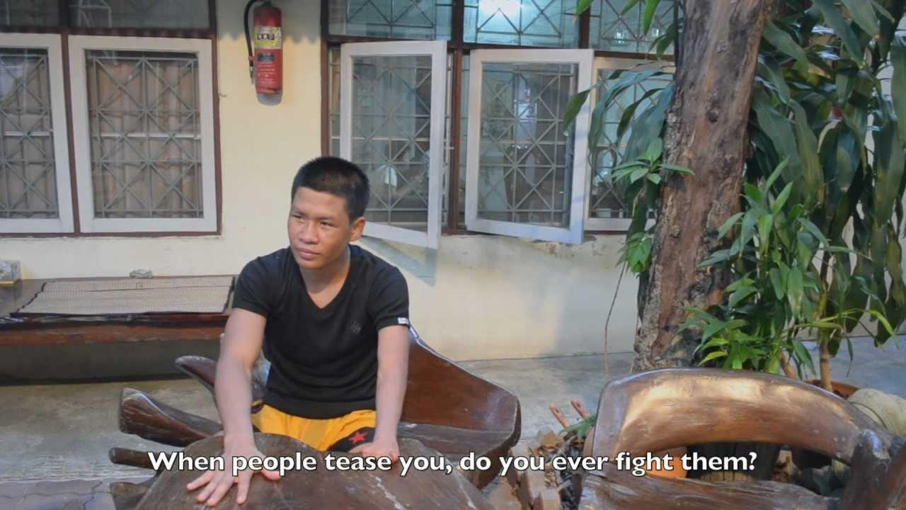 Video: Prakaypetch, o lutador de uma mão