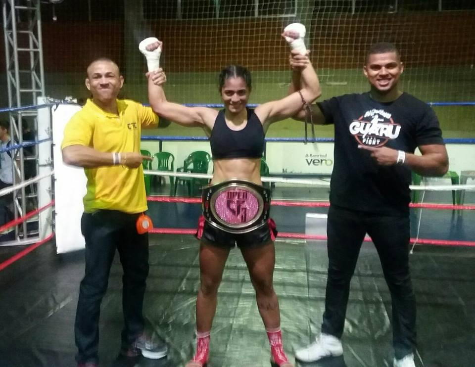 Rose nocauteia Kerolyn Trator na luta principal do Open Greco Fight