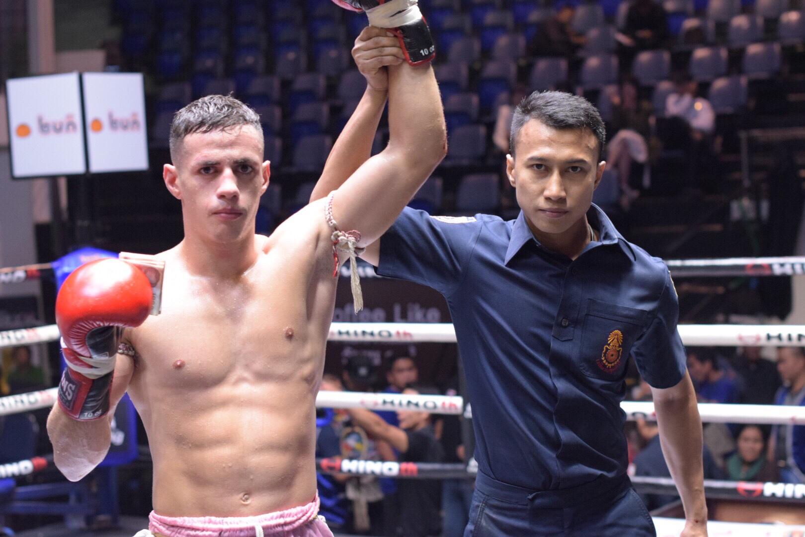 Cajaiba vence mais uma; Rafi conquista seu 2° cinturão do Lumpinee