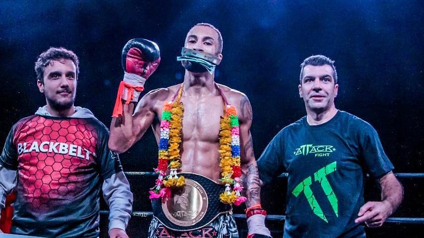 Gabriel Pereira mantém cinturão do Attack Fight; Denise é a primeira campeão feminina