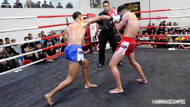 Riquelme vence revanche contra Mapaanoi no Portuários