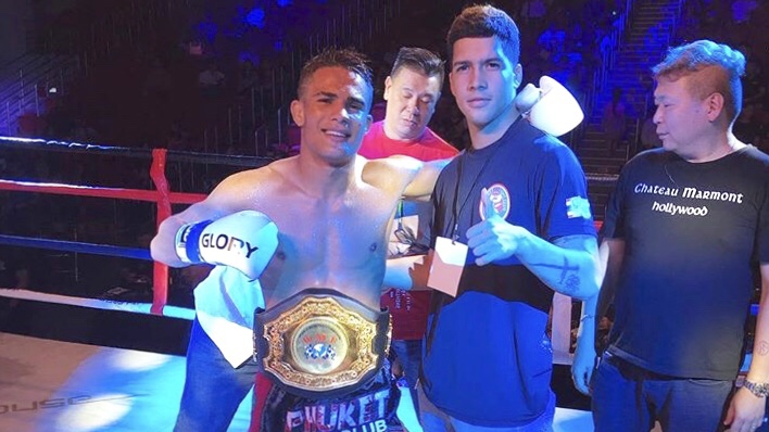 Isaac Julio nocauteia tailandês e conquista cinturão mundial da WMF