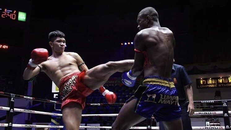 [video] Paulo Canela acaba nocauteado pelo cinturão do Lumpinee; Dionatha nocauteia