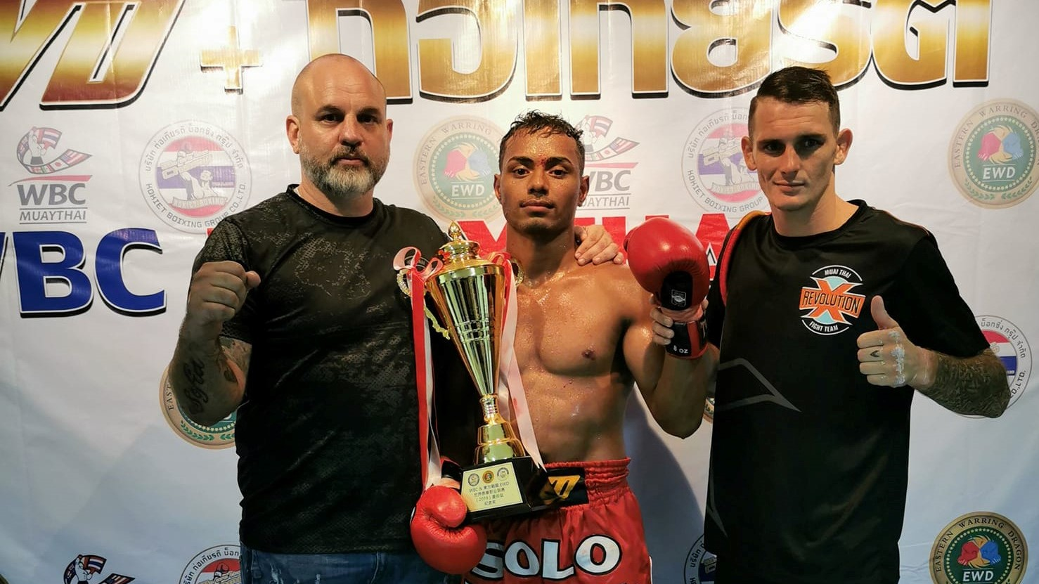 Felipe Lobo vence em evento WBC no Lumpinee; Adaylton perde na decisão