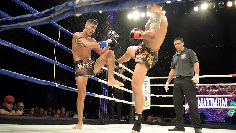 Lobo vence Pakorn no Maximum em evento que entra para a história do muaythai brasileiro