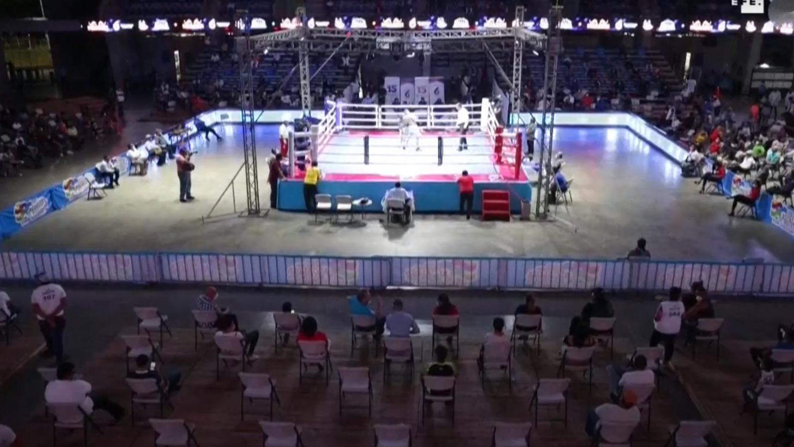 Nicarágua realiza evento de boxe durante pandemia