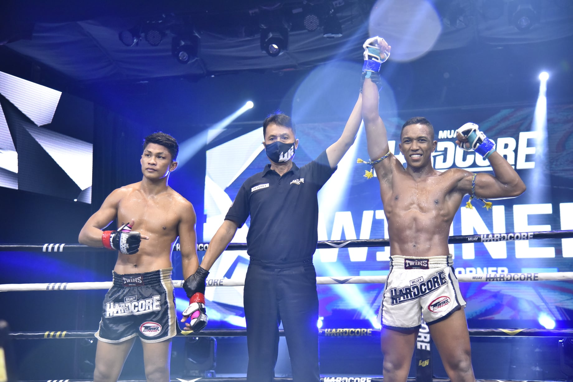 Victor Almeida nocauteia na luta principal no Muay Hardcore;